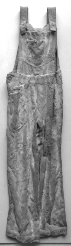 concrete overalls sculptures (2)